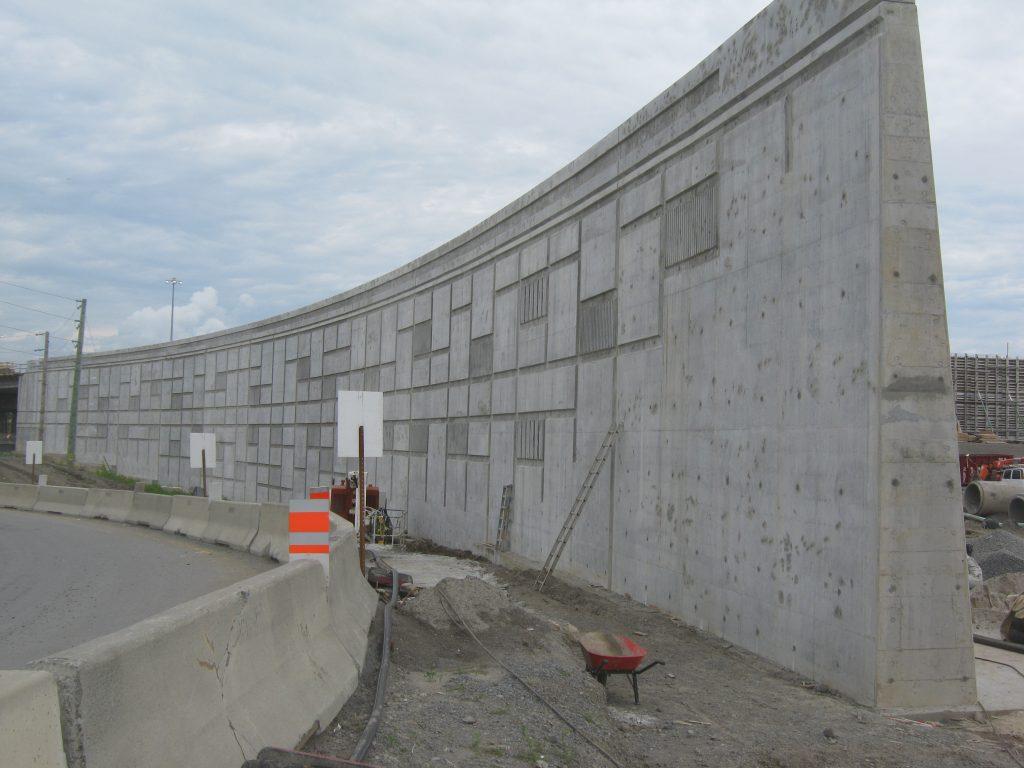 10-07-22 Mur 640-15 001